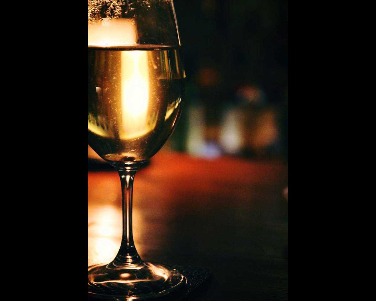 大垣城サルーンでの白ワインとレモンのアレンジ 1115_wine_05
