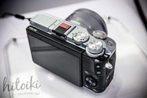 Canon(キヤノン)EOS M6の外観(ブラック・シルバー)背面の写真