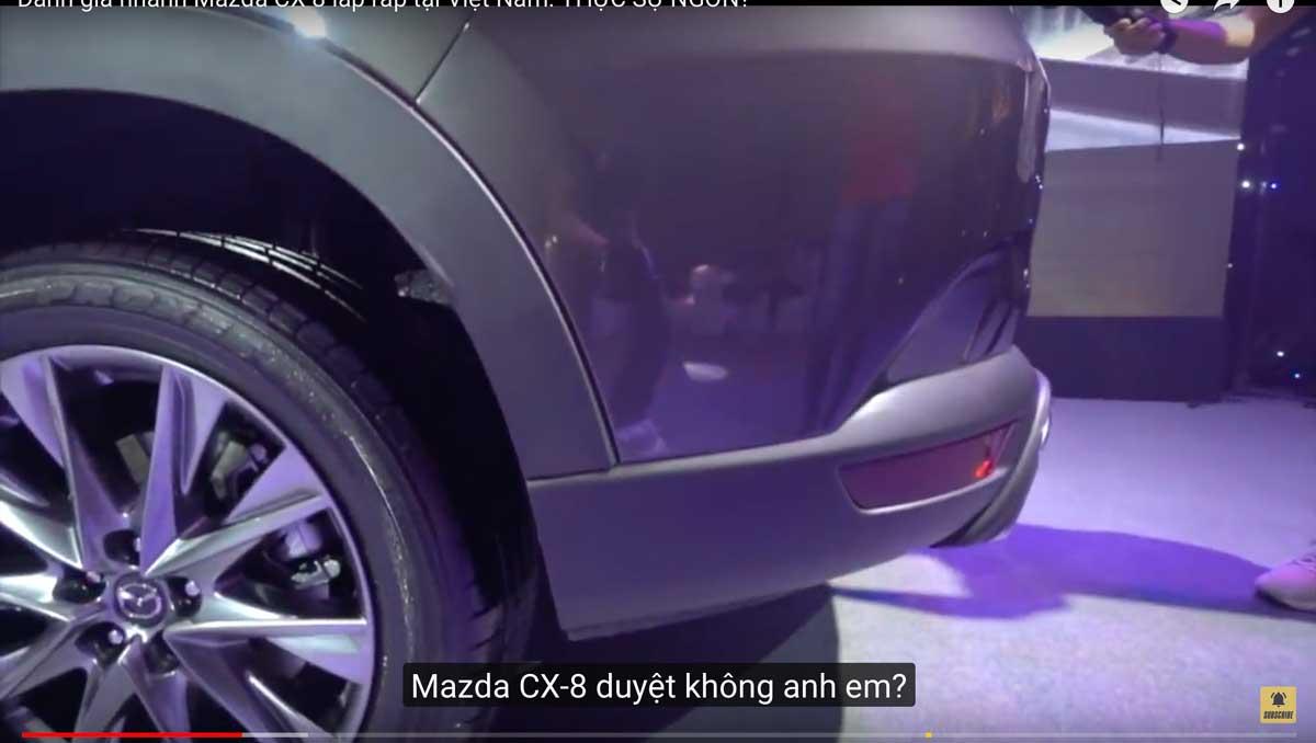 CX-8のリアバンパーに新デザイン発見!リアデザインにメッキ加飾追加とビルトインマフラーに!年次改良前と比較! mazdacx8_cx8_rear_design_of_cx-8_06