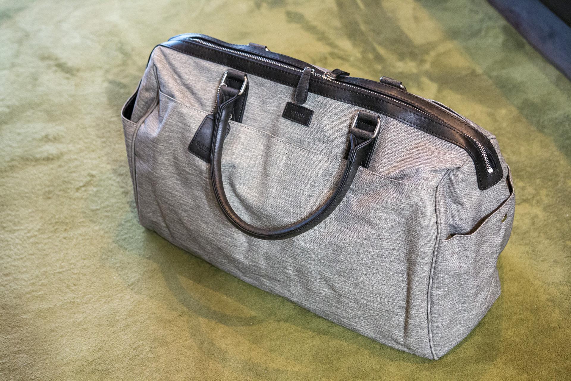 安くて質感が良い!出張用トラベルバッグ(ボストンバッグ) travelling_bag_img_0832