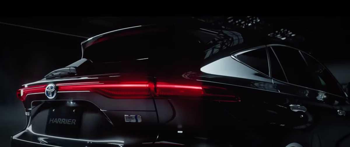 30秒で分かる!新型ハリアー(トヨタ)の4代目と3代目のデザインやスペックを比較!後悔しない新車選びは?人気・評価・評判・レビュー・クチコミをまとめた! new_harrier_2020_newmodel_03