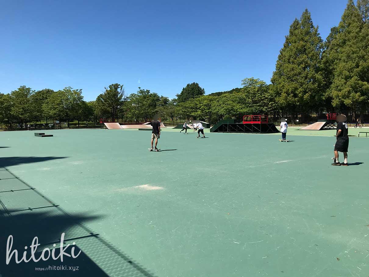庄内緑地公園のスケートパークに行ってみた!ローカル色もなく、子どもや初心者でも安心してサーフスケートができる場所! shonai-ryokuchi_skatepark_img_3670