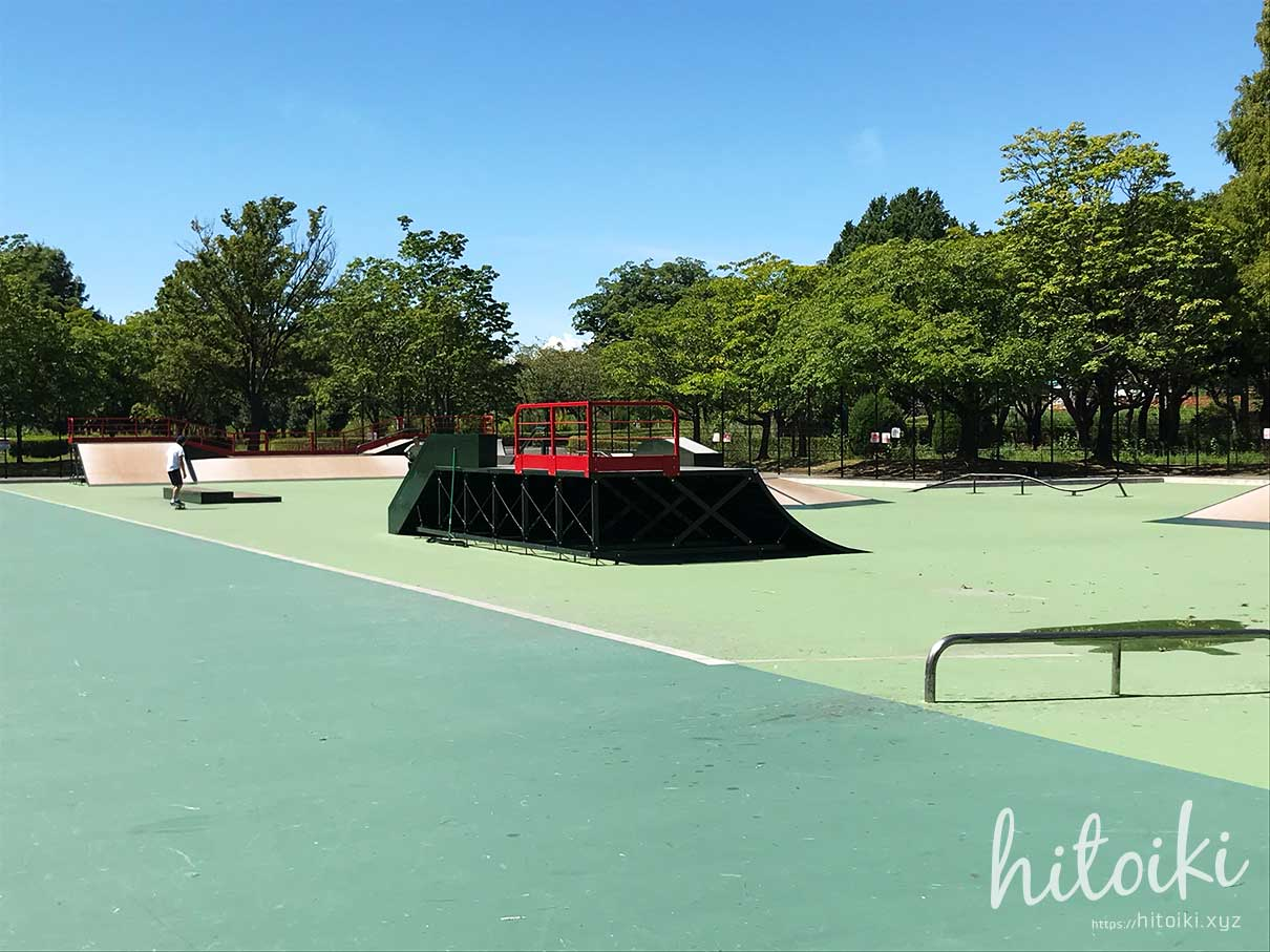 庄内緑地公園のスケートパークに行ってみた!ローカル色もなく、子どもや初心者でも安心してサーフスケートができる場所! shonai-ryokuchi_skatepark_img_3672